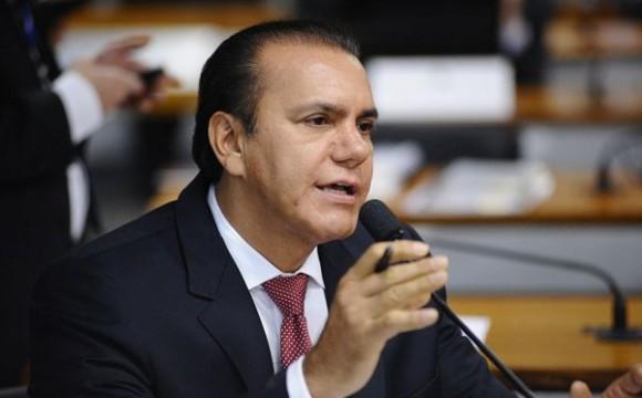 Para senador Ataídes, caos na saúde é reflexo da falta de compromisso e definições de prioridade