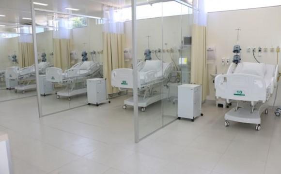 UTI do Hospital Unimed Palmas completa 1 ano de funcionamento