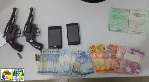 Dupla de menores infratores é apreendida pela PM após roubo em Araguaína