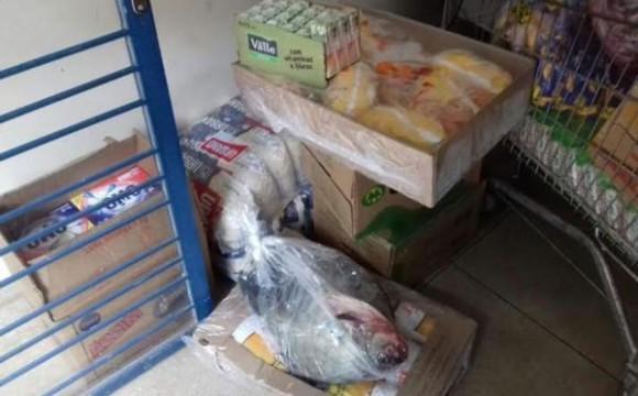 Mãe e filho são presos pela PM depois de furtarem supermercado em Araguaína