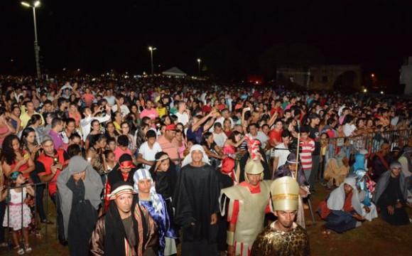 Via Sacra emociona milhares de pessoas em Araguaína