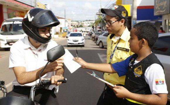 Agentes mirins continuam educação no trânsito em Araguaína