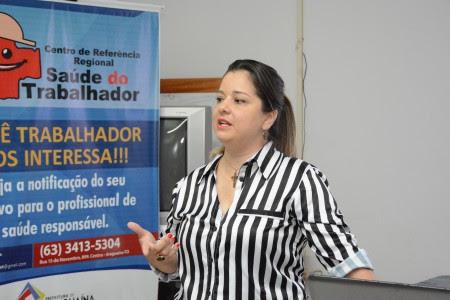 Médica de Araguaína é homenageada na Assembleia Legislativa por trabalho com autismo