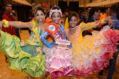 Arranca Toco é bicampeã do Rainha Junina Mirim Municipal e campeã no estadual