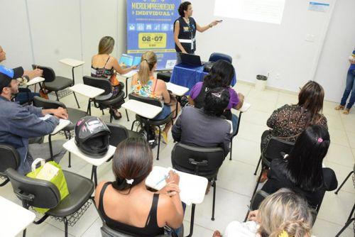 Prefeitura e Sebrae promovem palestra de Vigilância Sanitária na Semana do MEI