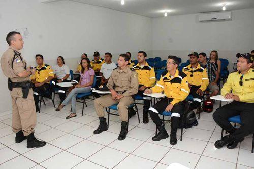 Agentes de trânsito participam de capacitação sobre acidentes em Araguaína