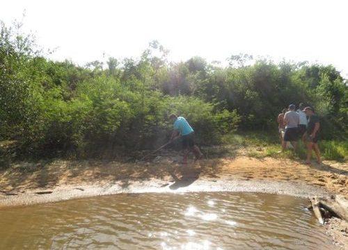 Alunos e professores da FACIT foram ao Rio Araguaia executar projeto de recuperação da mata ciliar