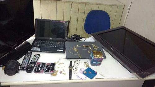PM recupera objetos e veículos furtados/roubados, apreende drogas e detém pessoas em Araguaína