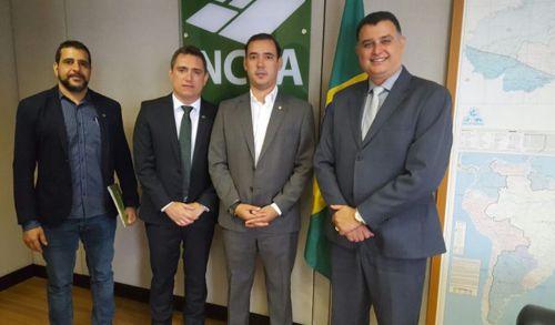 Deputado Vicentinho Júnior solicita junto ao INCRA R$ 7 mi para estradas vicinais nos municípios de Araguaína, Santa Rosa  e Pedro Afonso