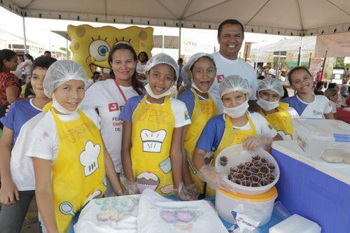 Estudantes participam de Feira do Jovem Empreendedor em Araguaína