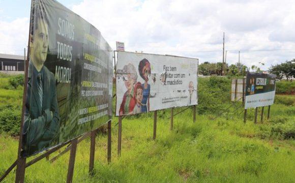 Prefeitura orienta proprietários de outdoors a se regularizarem em Araguaína