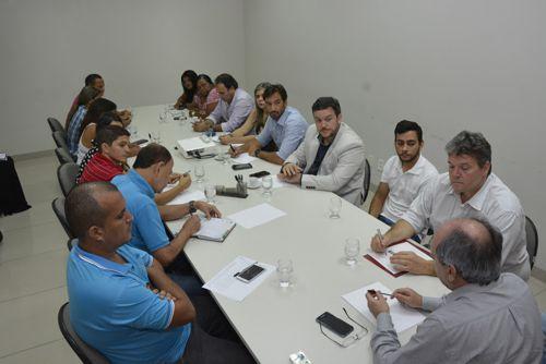 Prefeitura apresenta proposta de aumento da data-base dos servidores