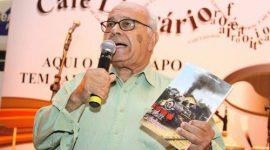 Escritor de Araguaínaé reconhecido como mais importante do Tocantins