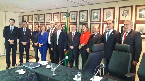 Senador Vicentinho Alves reúne Bancada com o Ministro da Justiça para solicitar a liberação de recursos para segurança pública