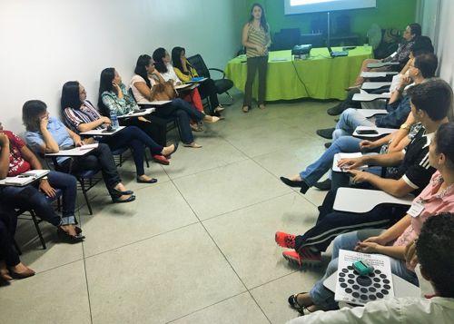 HDT-UFT promove encontro com assistentes sociais da Rede de Atenção à Saúde de Araguaína