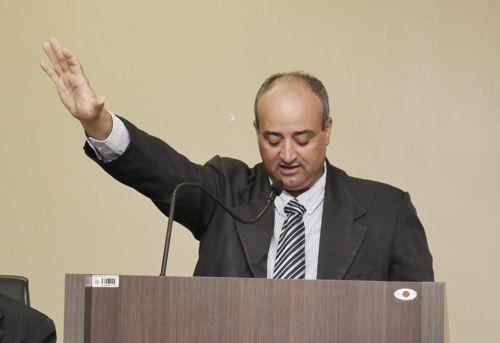 Fraudneis Fiomare é empossado prefeito de Araguaína