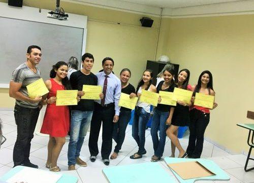 Estudantes de gestão hospitalar concluem aulas práticas no HDT-UFT