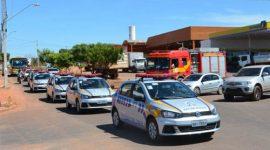 Governador entrega novas viaturas à PM em Araguaína