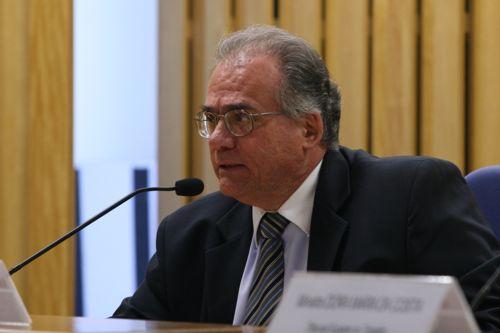 """Ministro do TST compara reforma trabalhista a """"servidão voluntária"""""""