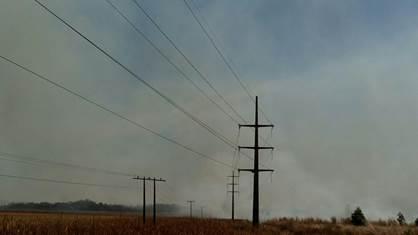 Alerta para os perigos de queimadas perto das redes de energia elétrica