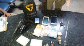 PM apreende arma e recupera objetos furtados em Araguaína
