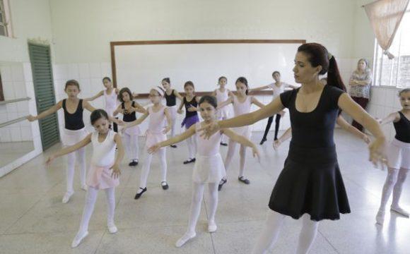 Prefeitura seleciona professores para a Escola de Artes de Araguaína