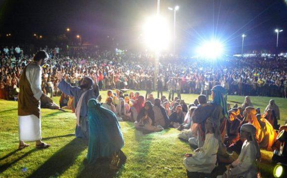 Mais de seis mil pessoas assistem à Via Sacra em Araguaína