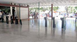 Prefeitura instala catracas eletrônicas na rodoviária de Araguaína