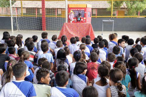 Escolas municipais recebem palestras educativas sobre Leishmanioses