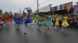 Desfile de 7 de Setembro atrai milhares de pessoas em Araguaína