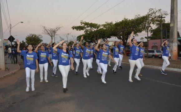 Marcha pra Jesus reúne mais de 600 fiéis pelas ruas de Araguaína