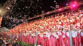Cantata de Natal emociona público na Praça das Nações