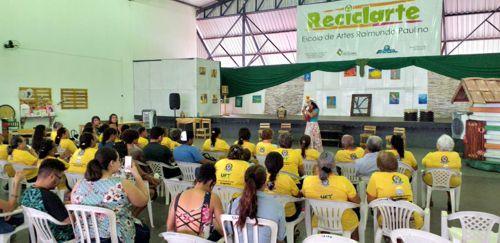 Reciclarte lança aula de ginástica para terceira idade
